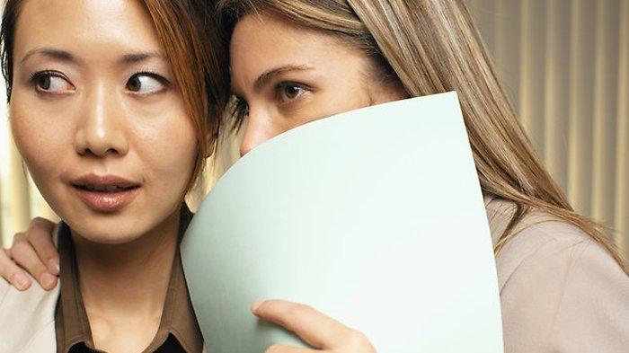 Apa Arti Insecure Dalam Bahasa Gaul? Simak Insecure Artinya Dalam Kamus Gaul Serta Contoh Insecure