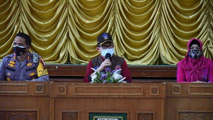 CEGAH Klaster Cuti Bersama, Walikota Dumai Zul As Pimpin Rakor Covid-19 di Hari Libur