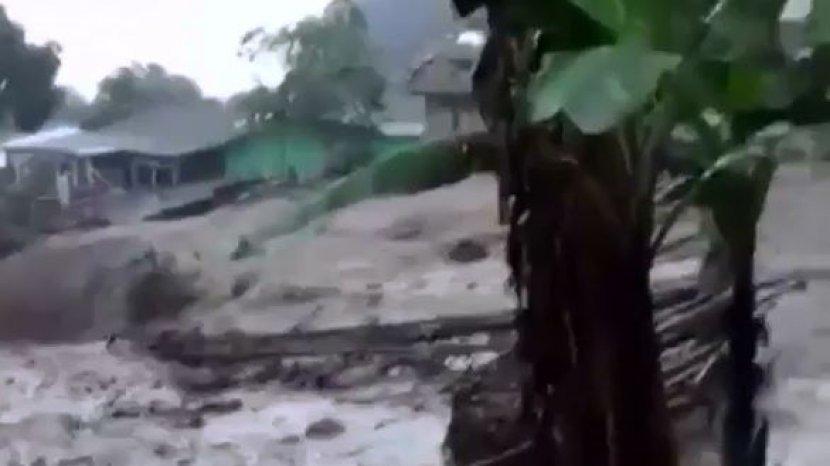bencana-banjir-bandang-menerjang-kawasan-puncak-bogor.jpg