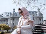 11-foto-cantik-syahrini-berhijab-ini-model-hijabnya.jpg