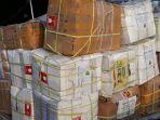 15-ton-rendang-sumbar-untuk-korban-gempa-palu-donggala_20181007_085232.jpg