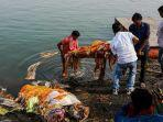 4000-jenazah-menumpuk-di-sungai-gangga-diduga-ada-kesengajaan-karena-parahnya-kasus-covid-19-india.jpg