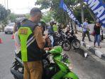 88_kendaraan_bermotor_kena_tilang_dalam_razia_pajak_ranmor_di_pekanbaru_14_unit_bayar_di_tempat.jpg