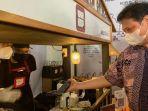 airlangga-hartarto-kunjungi-lokasi-usaha-alumni-kartu-prakerja-ada-kedai-kopi-bencoolen.jpg