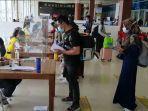 aktivitas-penumpang-di-bandara-sultan-syarif-kasim-ssk-ii-kota-pekanbaru.jpg