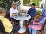 andi-rachman-dan-sekretaris-disdukcapil-kota-pekanbaru-seniwati-hais-dan-mursidan-juswandi.jpg