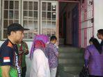 anggota-dpr-ri-achmad-mengunjungi-anak-korban-bully.jpg
