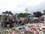 angkutan_sampah_mandiri_di_pekanbaru_resmi_dilarang_1_september_2021_ada_sanksi.jpg
