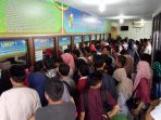 antrean-disdukcapil-pekanbaru-cpns-2018-urusan-kartu-keluarga-kk-e-ktp_20181003_170708.jpg