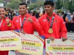 atlet-riau-asian-games-2018-sian-game-2018-terima-bonus_20180910_092000.jpg