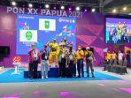 atlet_angkat_berat_raih_emas_di_pon_papua.jpg