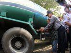 balai-pengelola-transportasi-darat-potong-truk-cpo-yang-dimodifikasi-dari-tractor-head-di-pekanbaru.jpg