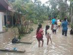 banjir-di-perawang_20170430_190451.jpg