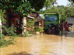 banjir_di_riau_100_rumah_terendam_di_kuansing_1.jpg