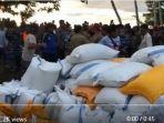 bantuan-logistik-kemensos-telah-tiba-di-balaesan-tanjung_20181009_095033.jpg