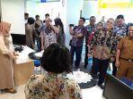 bupati_muara_enim_lihat_langsung_aktivitas_mpp_pekanbaru_2.jpg