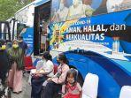 bus-vaksin-keliling-di-kantor-camat-bina-widya.jpg