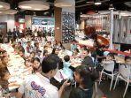 cs-mall-makan-siang-dengan-anak-panti-asuhan-insan-permata-dan-panti-asuhan-harapan-bangsa.jpg