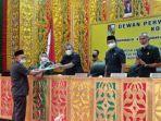 dalam_paripurna_pandangan_fraksi_dprd_pekanbaru_tak_setuju_penerapan_sanksi_warga_tolak_vaksinasi.jpg