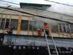 diduga_akibat_korsleting_listrik_toserba_6000_di_jalan_bukit_barisan_pekanbaru_terbakar.jpg