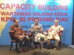 diskusi_seputar_kebijakan_bi_kpw_bi_riau_gelar_capacity_building.jpg