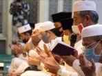 doa-dan-zikir-di-masjid-agung-paripurna-ar-rachman-kota-pekanbaru-rabu-1982020.jpg