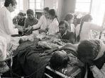 dua-rumah-sakit-di-kota-bhopal-dipenuhi-korban-kebocoran-gas-beracun.jpg