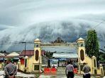 fenomena-awan-di-kutai-barat-kalimantan-timur_20180401_213711.jpg