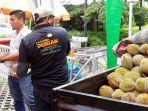 festival_durian_di_pekanbaru_masyarakat_bisa_nikmati_durian_sepuasnya_rp75_ribu.jpg