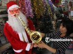 foto-penjualan-aksesoris-natal-dan-tahun-baru-2019-di-pekanbaru.jpg<pf>foto-penjualan-aksesoris-natal-dan-tahun-baru-2019-di-pekanbaru-1.jpg<pf>foto-penjualan-aksesoris-natal-dan-tahun-baru-2019-di-pekanbaru-2.jpg<pf>foto-penjualan-aksesoris-natal-dan-tahun-baru-2019-di-pekanbaru-3.jpg