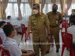 foto_gubernur_riau_tinjau_vaksinasi_di_sman_11_pekanbaru_3.jpg