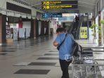 foto_jelang_larangan_mudik_bandara_ssk_ii_pekanbaru_terlihat_sepi_1.jpg<pf>foto_jelang_larangan_mudik_bandara_ssk_ii_pekanbaru_terlihat_sepi_2.jpg<pf>foto_jelang_larangan_mudik_bandara_ssk_ii_pekanbaru_terlihat_sepi_3.jpg