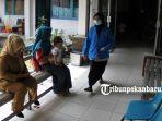 foto_pasien_ispa_di_puskesmas_pekanbaru_meningkat_2.jpg