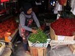 foto_pasokan_sedikit_harga_cabai_di_pekanbaru_naik_sembako_cabe_4.jpg