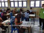 foto_pembelajaran_tatap_muka_di_pekanbaru_3.jpg