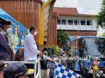 foto_pemko_pekanbaru_luncurkan_bus_vaksinasi_covid-19_1.jpg<pf>foto_pemko_pekanbaru_luncurkan_bus_vaksinasi_covid-19_2.jpg