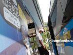 foto_pengguna_bus_trans_metro_pekanbaru_wajib_memakai_masker_3.jpg