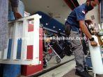 foto_penjualan_tabung_oksigen_meningkat_di_pekanbaru_1.jpg<pf>foto_penjualan_tabung_oksigen_meningkat_di_pekanbaru_2.jpg<pf>foto_penjualan_tabung_oksigen_meningkat_di_pekanbaru_3.jpg