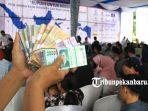 foto_penukaran_uang_di_pekanbaru_untuk_lebaran_2019_5.jpg