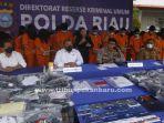 foto_polda_riau_ungkap_praktek_judi_online_di_pekanbaru_3.jpg