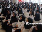 foto_ribuan_peserta_ikuti_seleksi_cpns_2019_pemko_pekanbaru_2.jpg