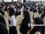foto_ribuan_peserta_ikuti_seleksi_cpns_2019_pemko_pekanbaru_3.jpg