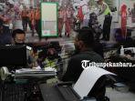 foto_sopir_mobil_pajero_penabrak_pengendara_sepeda_serahkan_diri_ke_polresta_pekanbaru_1.jpg