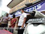 foto_terekam_cctv_saat_melakukan_pencurian_al_ditangkap_tim_opsnal_polsek_pekanbaru_kota_3.jpg