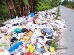 foto_tumpukan_sampah_di_jalan_kapau_sari_ujung_pekanbaru_makin_parah_2.jpg