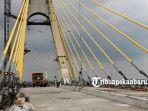 foto_uji_beban_jembatan_siak_iv_pekanbaru_4.jpg