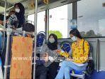 foto_vaksinasi_dalam_bus_vaksin_di_rsd_madani_pekanbaru_1.jpg