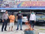ganja_asal_aceh_hasil_tangkapan_polsek_payung_sekaki_pekanbaru_dimusnahkan_dengan_cara_dibakar.jpg