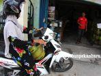 gas-lpg-langka-elpiji-habis-di-pangkalan-di-pekanbaru_20181019_160138.jpg