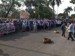 hari-tani-nasional-demonstrasi-mahasiswa-bem-mahasiswa-di-riau_20180924_163731.jpg